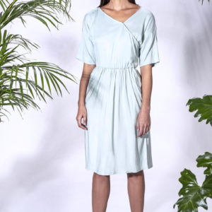 Summer dress available in pink and green. Made from stretch cupro.